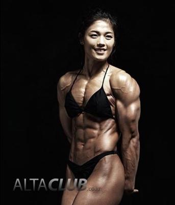 韓国人女性ビルダー2