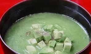 アボガド 味噌汁